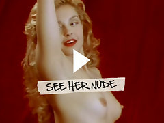 Ashley Judd flaunts her tiny titties and creamy round seat meat