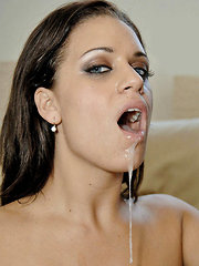 Sexy squirter gets her man all drenched in these pics