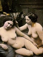 Sexy ladies from the twenties love it naked