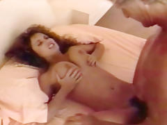 Hot 90's babe sucks dick & gets her hairy pussy fucked!
