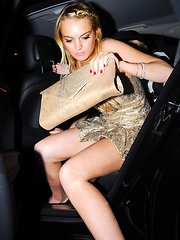 The hot sexy bod of Lindsay Lohan in her nightgowns and swimsuit