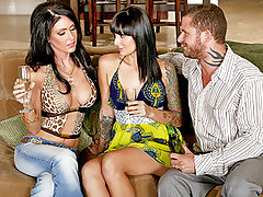 Jessica Jaymes, Pressley Maddox Horny For The Help