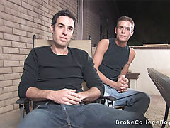 Two broke college boys suck each other off.