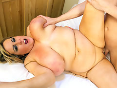 Lovely British BBW Milf Leah Jayne Shags Young Stud