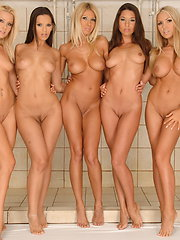 Five amazing girls playing in public shower