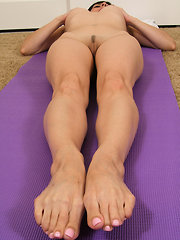Tight MILF Whitney does some naked strtches after her workout